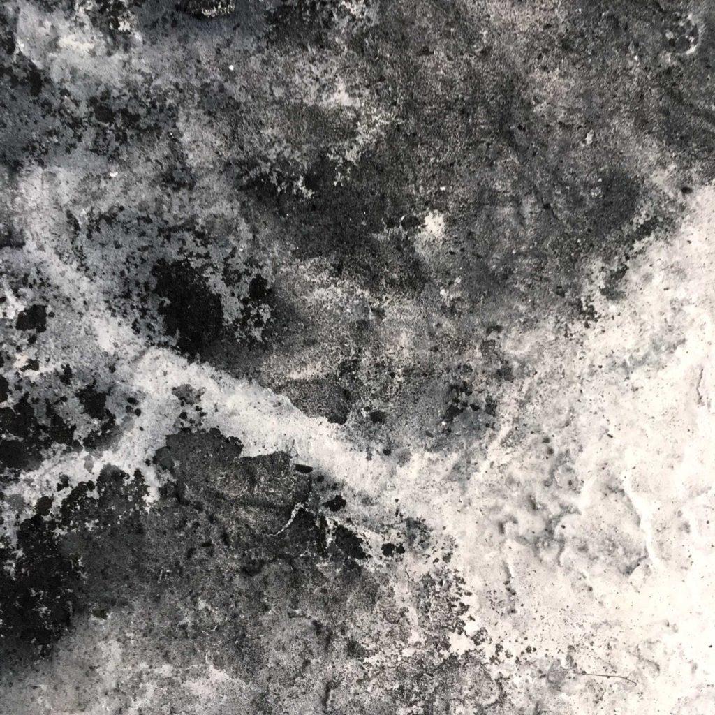 FedericoMazza-AB#14-2020(Gravity)-B-detail2Big-25x25cm-charcoal-gesso-onpanel